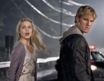 Dianna Agron and Alex Pettyfer in I AM NUMBER FOUR_1